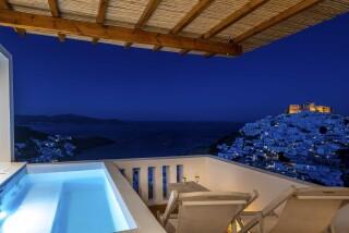 Honeymoon Suite N1 oneiro chora view