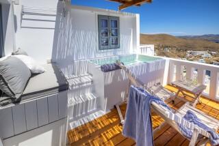 Honeymoon Suite N1 oneiro exterior jacuzzi
