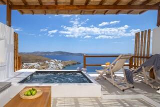Honeymoon Suite N11 oneiro outdoor jacuzzi