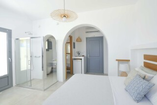 Honeymoon Suite N12 oneiro bedroom