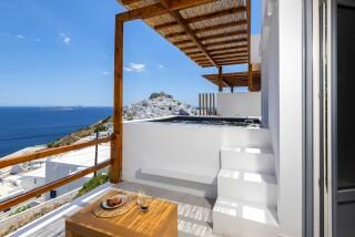 Honeymoon Suite N12 oneiro sea view balcony