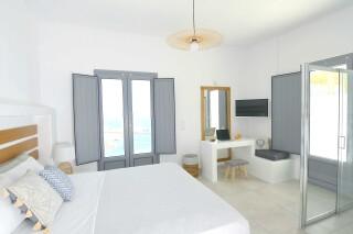 Honeymoon Suite N12 oneiro sea view room