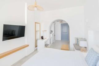 Honeymoon Suite N13 oneiro bedroom