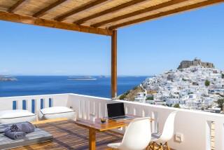 Honeymoon Suite N2 oneiro sea view balcony (2)