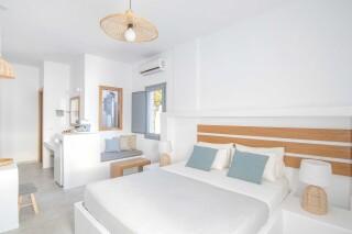 Honeymoon Suite N4 oneiro bedroom