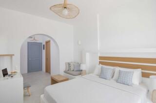 Honeymoon Suite N8 oneiro bedroom
